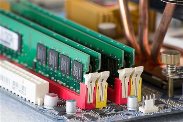 新一代超低功耗存储器曝光:或将取代内存和闪存