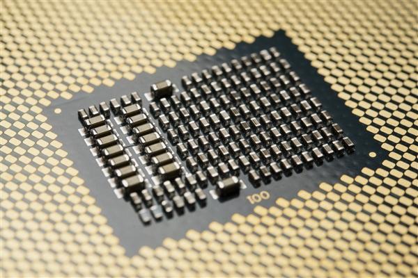 实锤!Intel十代桌面10核心亮相 超线程全面回归